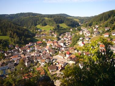 Blick vom Rabenfelsen auf Lauterbach